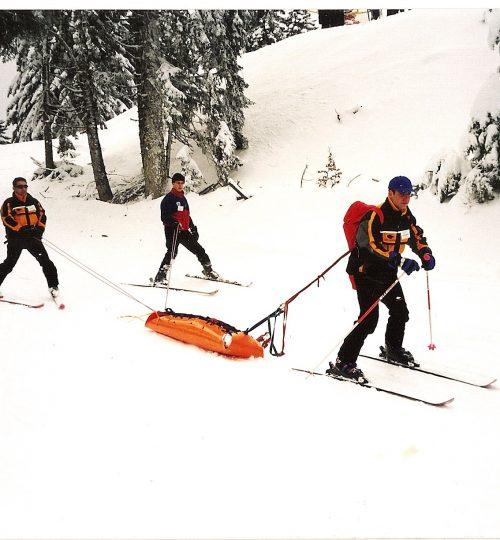 2000-01-01 Άσκηση Κατάβασης Φορείου σε πίστα σκι (Περτούλι)1